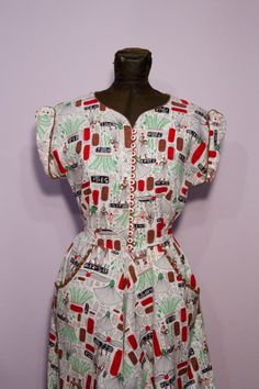 FANTASTIC 1940s Egyptian novelty print dress!