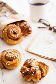Kanelbullar buns (Cinnamon buns)