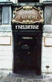 t'Kelderke is gelegen op de grote markt en de keuken is typisch Belgisch.