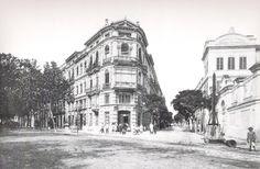 Cruce calle Lauria con calle Colón en 1906. Actualmente a la derecha se ecuentra El Corte Inglés de Colón y ABC Park. El edificio del centro es la Apple Store