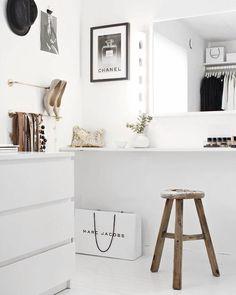 On instagram by fashionlandscape #homedesign #metsuke (o) http://ift.tt/1Q7gkKz @stylizimoblog  #inspiration #interior #interiordesign #home #homedecor  #decor #decoration #scandinaviandesign #closet #dreamcloset #walkincloset #instahome