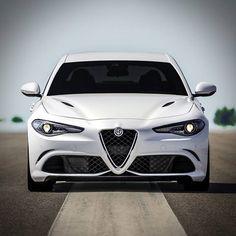 Czekaliście na nią, a teraz #Giulia czeka na Was: http://carconfigurator.alfaromeo.com/pl_PL/Giulia/default.aspx