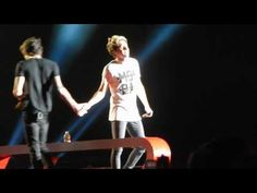 Why Don't We Go There - One Direction - Gillette Stadium 8/9/14 - YouTube