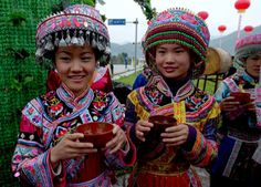 Miao girls from Sichuan