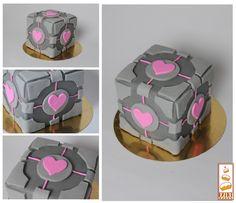 http://www.paintcakes.com  portal, cake, cakes, birthday cake, gateau d'anniversaire, geek, nerd, livraison, paris, sur mesure, personnalisé,