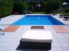 pool im garten mit sonnenschirm und liegesesseln | pool, Garten und erstellen