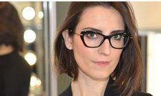 Óculos Miu Miu. Adoro óculos de grau como acessório.