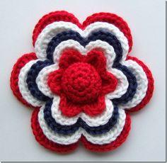 Sols(tr)ikke: Hekleblomst Little Flower (English translation available) Love Crochet, Crochet Motif, Knit Crochet, Crochet Stitches, Beautiful Crochet, Knitted Flowers, Crochet Flower Patterns, Crochet Crafts, Yarn Crafts