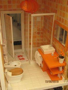 Dollhouses Miniatures - Serbian Ana first dollhouse bathroom I've seen with a bidet