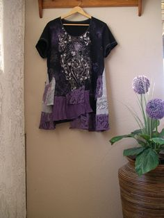 Hey, I found this really awesome Etsy listing at https://www.etsy.com/listing/241102918/lagenlook-tunic-in-purple-and-black