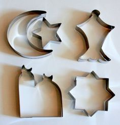 Islamic Eid and Ramadan Cookie Cutter Set - 5 Stainless Steel Cutters ** Final call for this special discount : Baking Accessories Preparing For Ramadan, Eid Holiday, Holiday Crafts, Ramadan Gifts, Eid Gift, Muslim Holidays, Eid Crafts, Ramadan Activities, Eid Party