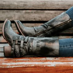 Shop the COY boot at FreebirdStores.com. Official site for FREEBIRD by Steven. Exclusive Handcrafted Boots & Booties. Free 2 Day Shipping & Free Returns
