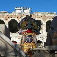 Beleza e céu azul em Verona.  Veja também dicas e informações de viagens nos posts do blog.  Acesse : http://ift.tt/1Fc7v97  Foto by Vivian Loyola #historiasparaviajar  #alitalia #verona #italian #italia #love #ferias #férias #beautifuldestinations #viagens #igersbrasil #fantrip #travel #trip #tour #instatravel #turismo #tourist #viagem #viajante #viajarfazbem #amoviajar #europa #eurotrip #europe #blogmochilando #viajar #viajando #destino #paraiso by historiasparaviajar