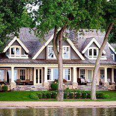 70 Most Popular Dream House Exterior Design Ideas House Designs Exterior design dream exterior house ideas popular Ocean House, House On A Lake, Modern Farmhouse Exterior, Farmhouse Ideas, Dream House Exterior, House Ideas Exterior, Home Exteriors, Cottage Exterior, House Goals