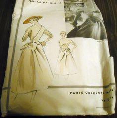Vogue Paris Original 1258 by Jean Dessès   1954 One-piece dress