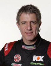 Jason Plato - takes no prisoners and not afraid to 'rub' a bit of bodywork!!