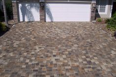 Brick Paver Driveway Cream/Beige/Charcoal              New England 90 degree random with Circle Pak