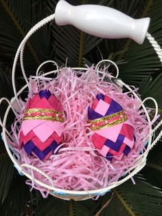 Complete No-Sew Ornament Kit- Easter Eggs- Purple/ Pink. Quilted Easter Egg kit.Folded Fabric Ornaments.  Contains everything need to make 2 no-sew easter eggs, including fabric, pins, ribbon, styrofoam, and color pattern. Great holiday family craft idea.