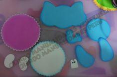 Manualidades en foami, fofuchas, fomy  goma eva Desserts, How To Make, Crafts, Animals, Felt Giraffe, Jelly Beans, Cute, Activities, Tailgate Desserts