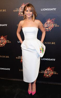 Happy 23rd Birthday to Jennifer Lawrence! I can't believe I am 11 years older than her! She looks older than me! Crazy!