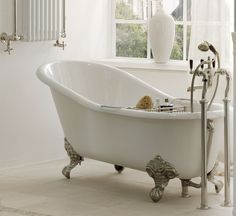 Hampshire Slipper Bathtub cast- iron, inside enamel size: 1700mm x 765 mm ,Traditional Bathrooms