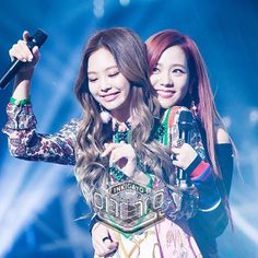 161204 BLACKPINK at SBS Inkigayo my jensoo feels #BLACKPINK #블랙핑크