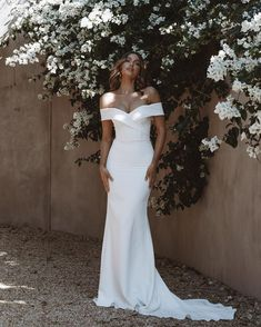 """Felicitys Bridal Est.1978 on Instagram: """"COMING SOON // LOTTIE V2 🤩 A Stunning Addition to Our @madewithlovebridal Collection, Arriving Next Month ❤️  Add This One to Your List…"""" Bride, Wedding Dresses, Collection, Instagram, Fashion, Wedding Bride, Bride Dresses, Moda, Bridal"""