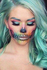 Si lo tuyo no es lo terrorífico, te traemos 5 ideas lindas de maquillaje para Halloween llenas de color y creatividad que seguro te encantarán.