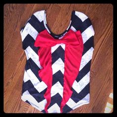 Chevron bow back shirt M Bought from Dry Goods. Super cute and perfect for 4th of July. Navy and white Tops Blouses