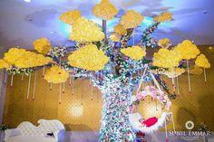 Tree decor wit cradle