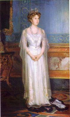 """""""Victoria Eugenia, Reina de España"""" by Luis Menéndez Pidal, 1909-1911"""