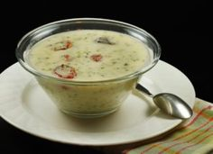 Cream of broccoli soup is just what the doctor ordered! Fresh broccoli, roasted grape tomatoes and aged cheddar, make this Broccoli soup one to remember! Chowder Recipes, Soup Recipes, Great Recipes, Favorite Recipes, Recipe Ideas, Recipies, Cream Of Broccoli Soup, Fresh Broccoli, Roasted Grape Tomatoes