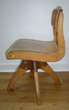VG037 - Small Casala chair 1959