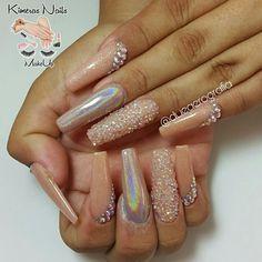 Diseño de salón 😍💅🤘💄👑 @dueaerografia @zonatrendymk #kimerasnails #dueaerografia #nails #uñas #acrylicnails #nude #nailartist #sculturenails #prettynails #naturalnails #glitter #acrilicodecolor #naildesign #glitternails #coffinnails #ballarinanails  #stilettonails #coffinshape  #artlover #weddingnails #nailpro #manoalzada #onestroke #nailart #artpaint #flower#chrome #chromenails #unicornio