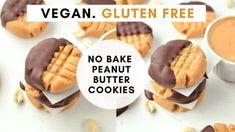 Gluten-free Almond flour shortbread cookies with 3 ingredients - TCPK Blueberry Breakfast, Vegan Blueberry, Breakfast Bars, Cookies Vegan, Coconut Cookies, Peanut Butter Cookies, Vegan Pancake Recipes, Vegan Desserts, Cookie Recipes