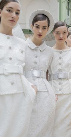 Chanel 3 - Chanel Dresses - Trending Chanel Dress for sales - Chanel Spring 2017 Couture Fashion Moda, Fashion 2017, Runway Fashion, Fashion Show, Womens Fashion, Fashion Design, Fashion Ideas, London Fashion, Chanel Jacket