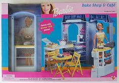 you are seeing The cafe shop barbie Wallpaper. You Can save This cafe shop barbie Photo easy to your tablet. Barbie do. Barbie Y Ken, Barbie 2000, Barbie Sets, Barbie Dolls For Sale, Barbie House, Barbie Stuff, Barbie Playsets, Barbie Kitchen, Baking Set