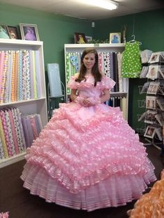 Azalea Trail Maids - azalea-trail-maids Phot  Now this is a hoop skirt worthy of Scarlett O'hara herself!