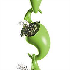 Adam Cornish's 'Green Graffiti' very unique form! Plastic Planter, Planter Pots, Cool Shapes, Flower Pots, Flowers, Unique Gardens, Hanging Baskets, Potted Plants, Plant Hanger