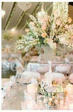 Peach, crystal and glitter wedding. Avanti zeerust. @louisevorsterphotography