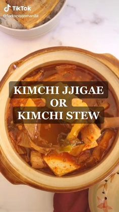 Do you like Korean food? Watch this Easy Kimchi Jjigae Or Kimchi Stew Recipe Food TikTok by and start making this at home Kimchi Jigae Recipe, Kimchi Soup Recipe, Korean Kimchi Recipe, Recipe Stew, K Food, Good Food, Yummy Food, Healthy Food, Nutritional Yeast Recipes