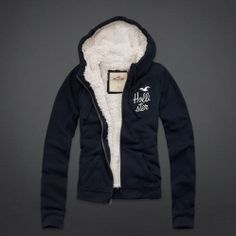 I want this Girls Huntington Beach Hoodie for winter! ;)