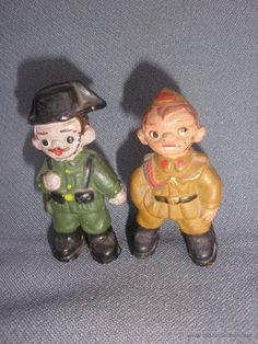 Figura barro terracota pareja de  guardia y soldado
