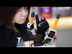 MIT upgrades the human hand with two robotic fingers