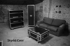 Donnez un esprit rock à votre salon... Armoire, vestiaire, penderie, table basse,... flight-cases.