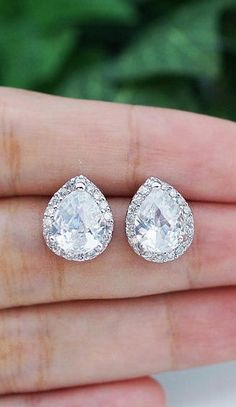 dear future hubby, these are pretty..and sparkly...I like
