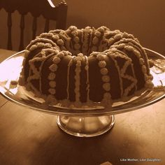 Crown spice cake | Like Mother,  Like Daughter