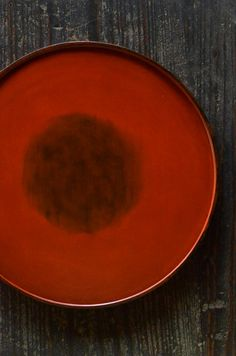 Negoro-nuri lacquer tray by OHTA Shuji, Japan
