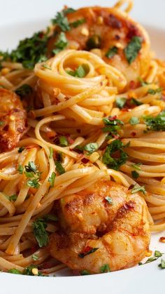 """Bang Bang Shrimp Linguine Why \""""Bang Bang?\"""" Because this shrimp pasta is bangin'! Shrimp Dishes, Shrimp Pasta Recipes, Pasta Dishes, Seafood Recipes, Gourmet Recipes, Cooking Recipes, Cajun Shrimp Linguine Recipe, Shrimp Lo Mein Recipe, Spicy Shrimp Pasta"""