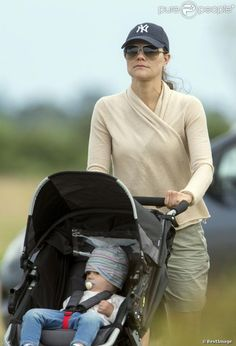 MYROYALS  FASHİON: Swedish Royal Family-Crown Princess Victoria with Princess Estelle